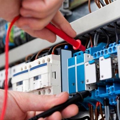 instalações manutenções elétricas